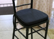 black-chiavari-chair-barstool